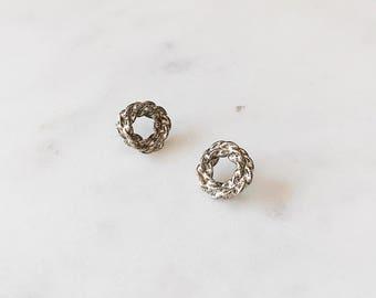 1980's Dead Stock Vintage Silver Double Circle Round Twist Wrap Stud Earrings