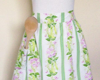 Vintage Half Apron Ruffles Green & Pink Floral Pea Vines Cottage Garden Party Hostess Dining