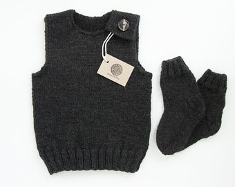 SALE 40% OFF/ Ready to ship/ Hand knitted baby set (vest and socks)/Black color/ Size 18-24 months
