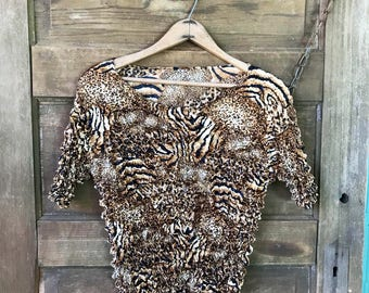 Vintage 90's Leopard Print Popcorn Stretch Top Tshirt Blouse One Size