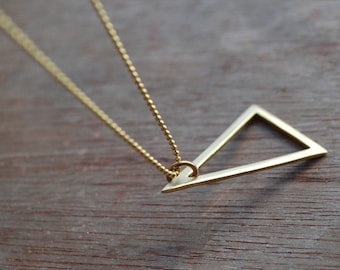 Triangle . Geometric, minimalistic brass necklace