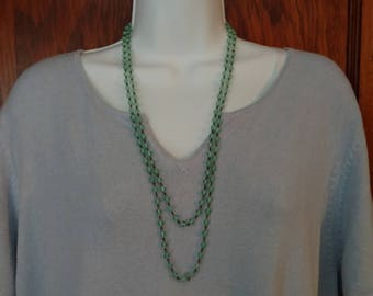 Green Glass Necklace 5 cm Bead 54 Inch Vintage Continuos Wrap