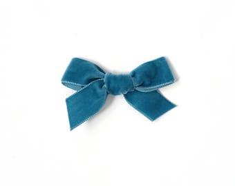 Velvet Bow: Dark Turquoise