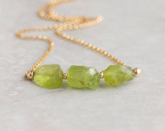 Raw Peridot Necklace, Crystal Necklace, Mothers Day, Girlfriend Gift for Her, Stone Necklace, Peridot Jewelry, August Birthstone Necklace