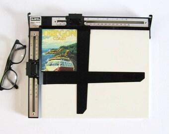 Vintage Easel Mask - 8x10 Photo Enlarging Easel - Masking Frame - Photography Studio Dark Room Equipment - LPL Made in Japan - Original Box