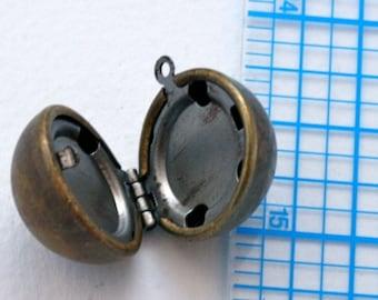 Locket. Vintage brass and steel. Ball, round locket. Beadwork, Jewelry making, Jewelry supply. Keepsake, charm, pendant.