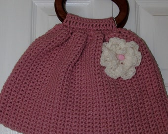 Pink purse with wooden handles