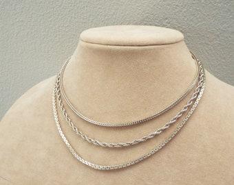 Silver tone chain necklace - vintage Monet brand