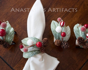 Winter Napkin Ring - Christmas Napkin Ring - Bright Winter Berries and Laurels, Set of 4