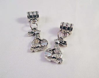 BMN25 - 2 small charms in silver with bails Easter egg and Bunny