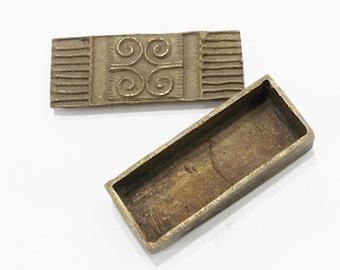 Vintage African Adinkra Dwannini Mmen Brass Box (AQ128)