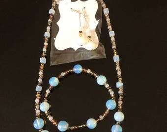 Moonstone and beaded necklace, bracelet and earrings