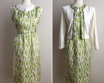 Vintage 1950s 50s 50's green veggies vegetables novelty print white sleeveless dress matching long sleeve cardigan set M 40 bust 28 waist