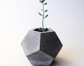 Concrete Planter / Geometric Succulent Pot / Dodecahedron / Pencil Holder / Air Plant Holder / Industrial Home Decor / Minimalist Accent