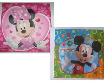 Lot 2 napkins paper cartoon characters. 33 cms - kids 1.