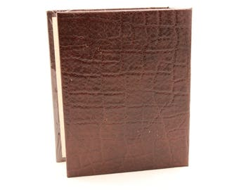 "New/Old Stock! ""Brown""  4X6 Photo Album.  Holds up to 80 Photos."