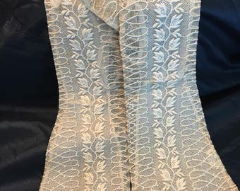 Kayser Ivory Lace Elbow Gloves