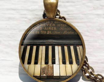 Piano necklace, Music Jewelry,Classical music gift,Vintage Piano,Pianist Musician,Piano Keyboard Pendant