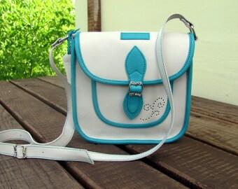Crossbody leather purse Summer white bag Women handbag Messenger bag Leather iPad Shoulder bag Women gift for mom sister Gift for her