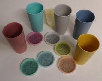 Vintage Tupperware Cups and Coaster Set - FREE SHIPPING