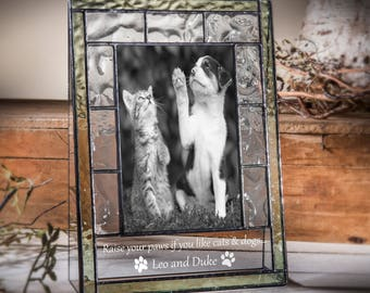 Personalized Pet Picture Frame Engraved Cat Dog 4x6 Vertical Photo Frame Green Stained Glass Pic 389-46V EP600