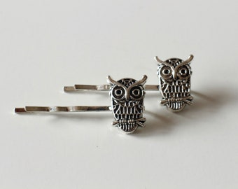 2 hair pins Bobby pins in silver owls owls