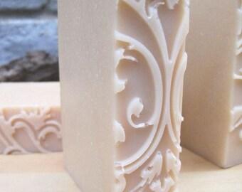 Bee Pure Coconut Milk & Honey Plan Soap No Color Natural scent
