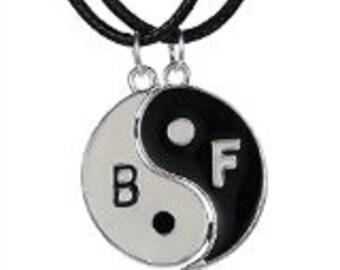 Best Friend Necklace Pendant Two-Piece Set