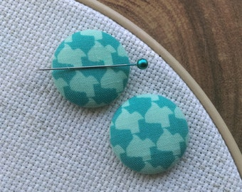 Needle Minder, Houndstooth, Texas, 2 Piece Reversible Scout and Remy, For Cross Stitch, Sewing, Embroidery
