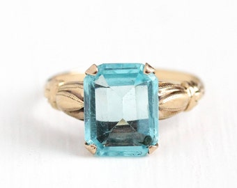 Sale - Simulated Aquamarine Ring - Vintage 10k Rosy Yellow Gold - 1940s Size 6 1/2 Light Aqua Blue Emerald Glass Stone Esemco Fine Jewelry