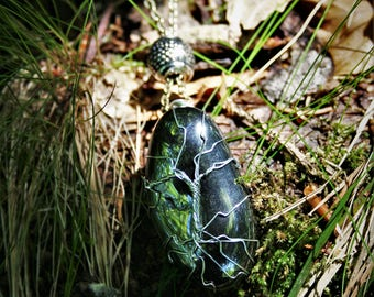 "Necklace Hematite, Yggdrasil, ""Hémà"""