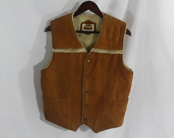 Vintage Miller Outerwear Button Down Cowhide Leather Vest With Sherpa Lining