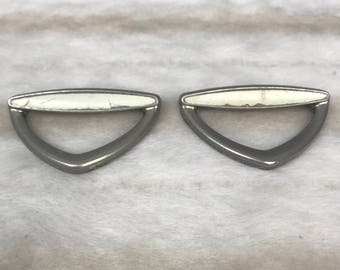 2 x Vintage retro handles in gold / cream