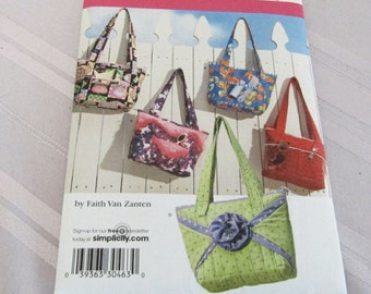 Simplicity 3822 Crafty Bags Pattern, Faith Van Zanten, Tote Bags, 5 Different Style Options