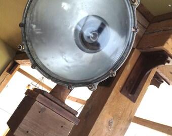 Industrial spotlight / lamp