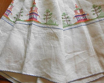 "EMBROIDERED PAGODA TABLECLOTH Asian Scene Cream Linen Temple, Graceful Trees Green Pyramids Petit Point Stitches 1950 Table Linen 49"" sq"
