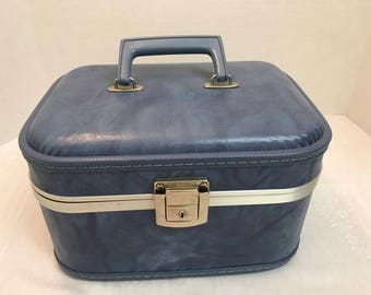 Vintage Blue Train Case with Mirror