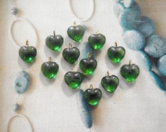 12 Glass 10mm Emerald Green Heart Charms