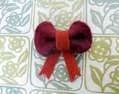 Felt Bow Pin . Rust and Cranberry
