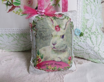 Cottage Bunny, Roses, Lace and Tulle Lavender Gift Sachet Pillow, FREE USA SHIP, Spring Cottage Farmhouse Decor, French Bunny and Roses