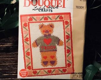 """Teddy Latch Hook Kit 21"""" By 28""""  53 cm By 71 cm Bouquet KT 228"""