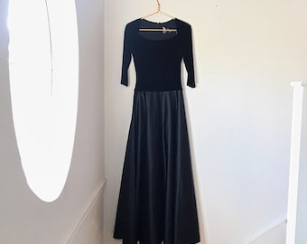 JS Collections Full Length Black Gown with Quarter Sleeves and Boat Neck. Size 4