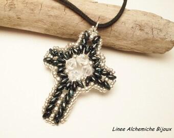 Tutorial con Swarovski e Superduo , Ciondolo Croce Latina, Schema di perline con rocailles,Swarovski e superduo