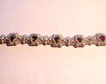 "Beautiful ""Halo"" bracelet made with Swarovski pearls and crystals,made to order,"
