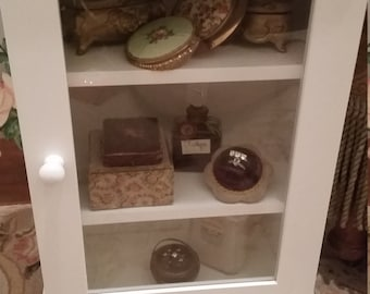 Vintage Shabby Chic Style Display Cabinet