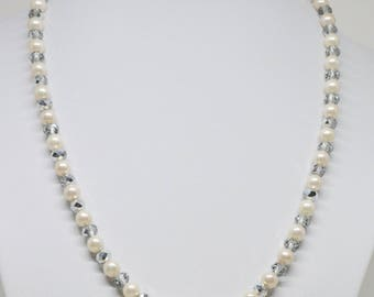 Lovely faux pearls and crystals necklace