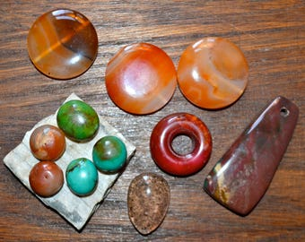 Assorted stones for beading