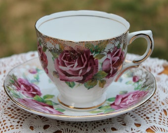 """SALISBURY Bone China Teacup and saucer set """"Juliana Rose"""""""