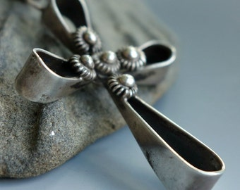 Mexico Silver Cross Pendant Necklace Vintage