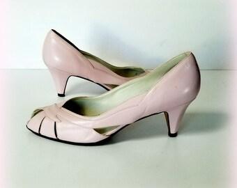 "80s SESTO MEUCCI Pumps - Italian Pink Leather Pumps - Peep Toe Heels - Pink Leather Heels - 2.5"" Heel - Size 9 Medium"